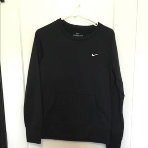 Nike crewneck w/ front pocket
